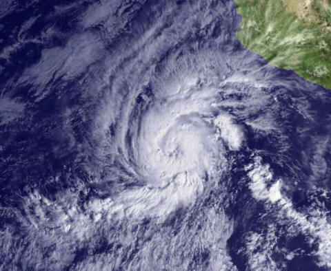 View of Hurricane Kenneth foming, shwoing just the clouds